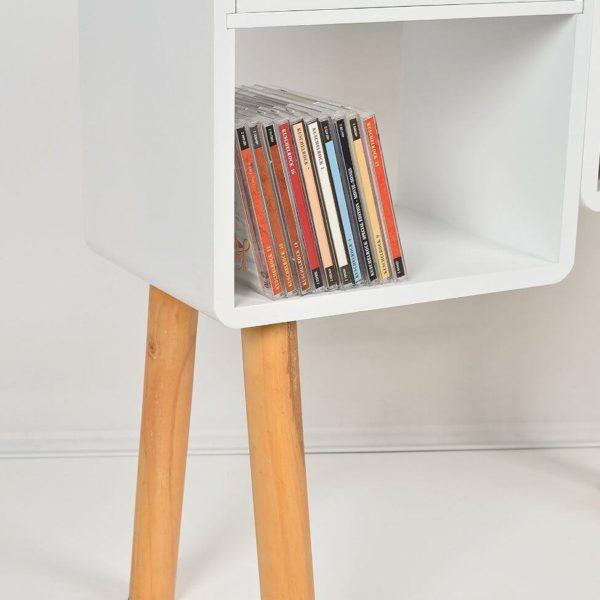 Loungeregal mit Büchern