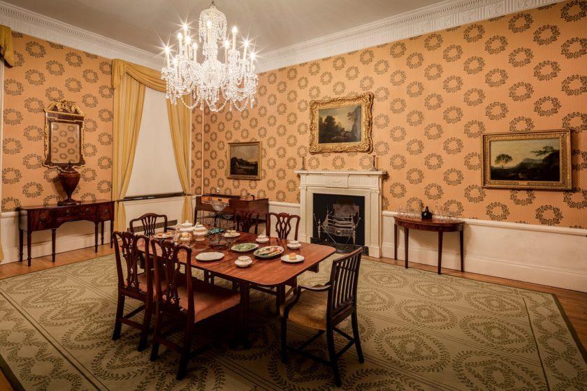 esstische im mid century modern design mid century moebel. Black Bedroom Furniture Sets. Home Design Ideas